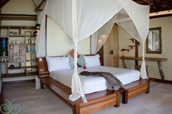 Misool-Eco-Resort-Raja-Ampat-Indonesia-11-
