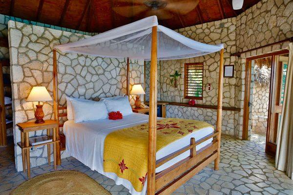 Jamaica-Negril-Rockhouse-Hotel-Bedroom