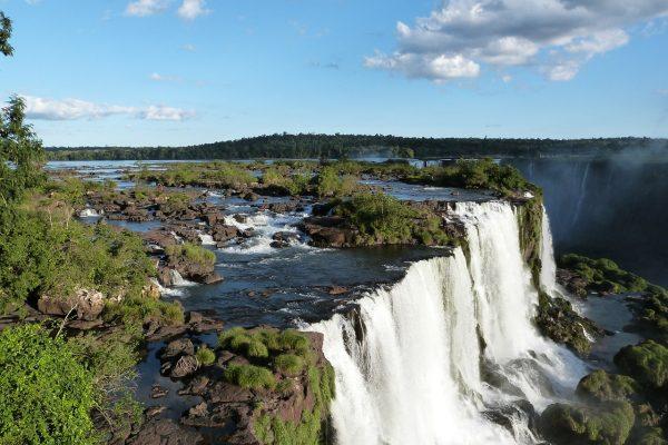 iguazu-falls-455611_1280
