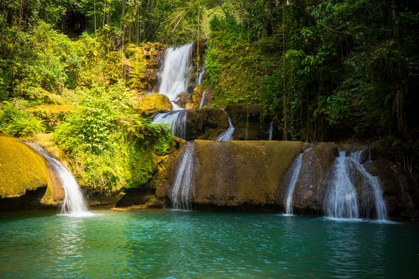 waterfall-5043272_1280